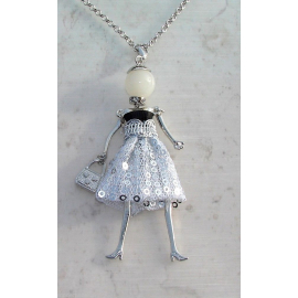 Doll necklace sequined dress, pearls, Donna, doll, doll necklace, black